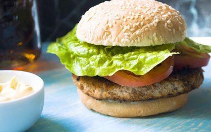 Prepara unas ricas hamburguesas de lenteja perfectas para el almuerzo