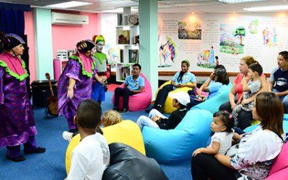 """Tus niños disfrutarán de la lectura en la """"Sala de Lectura Manuelita Sáenz"""""""