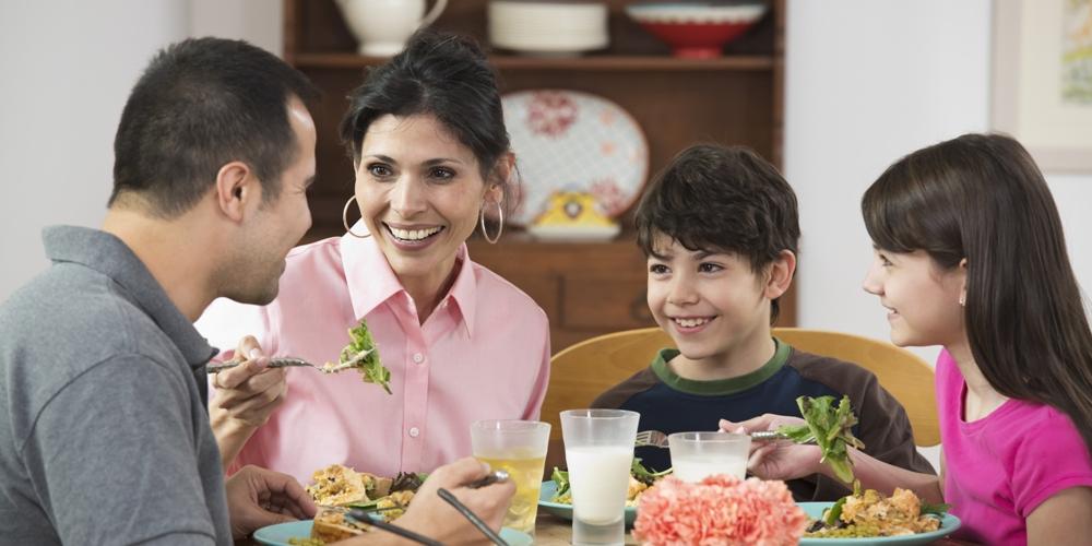 7 razones para comer juntos en familia